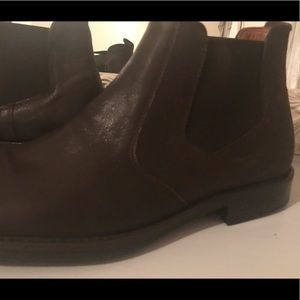 NWOT Johnston & Murphy leather ankle boots